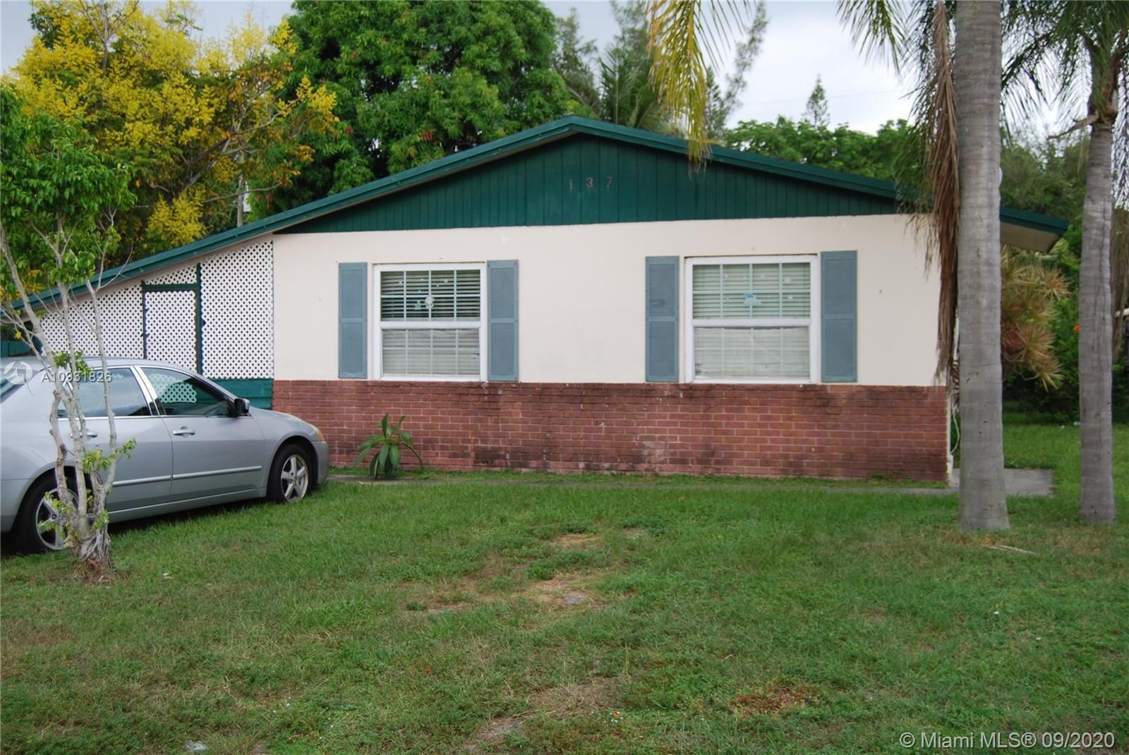 Tremendous Investment Opportunity!! 3 Bedroom 1 Bath House in the Heart of Jupiter. Currently Rented