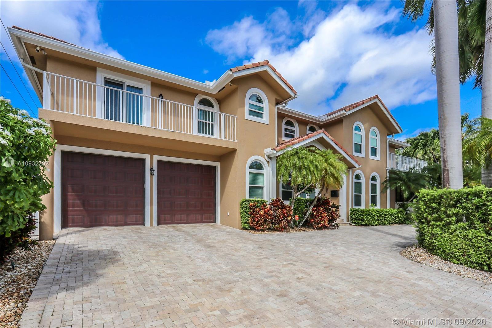 Fabulous 2 story corner home w/ great architecture, circular driveway & 2-car garage. Newer home, bu