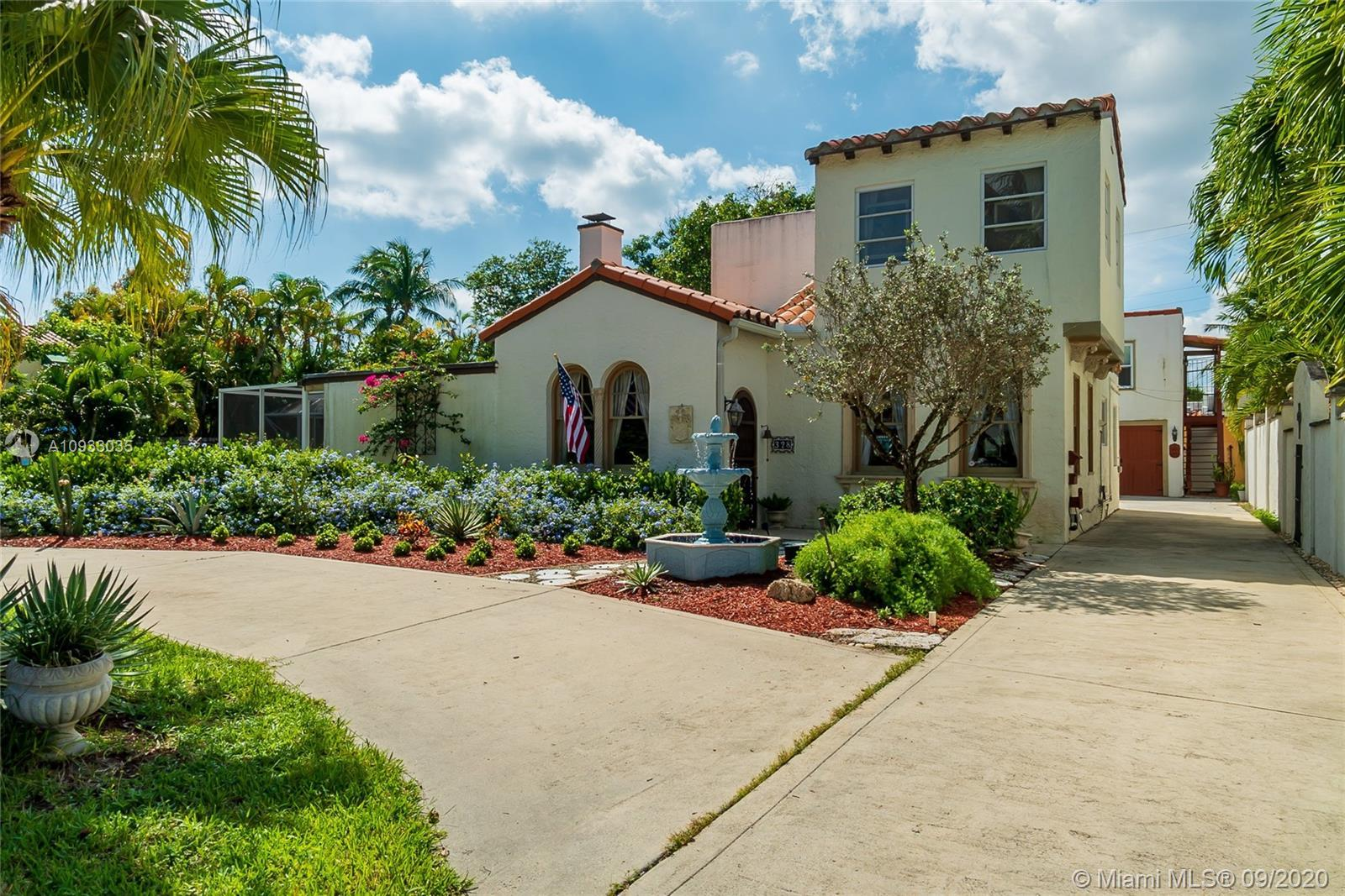 Historic Estate and Carriage Home, this 1925 Meisner Design Spanish Mission Estate home in SOSO. Ent