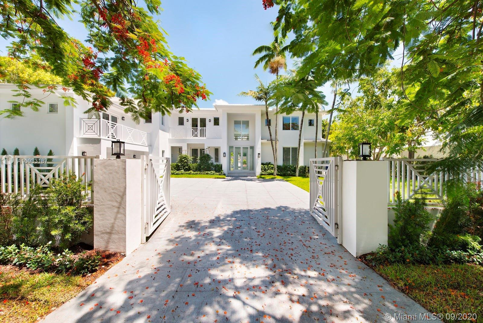 Fabulous Modem Waterfront 7 bedroom, 8. 5 bath Estate Home in Gated Bay Point Community, on a large