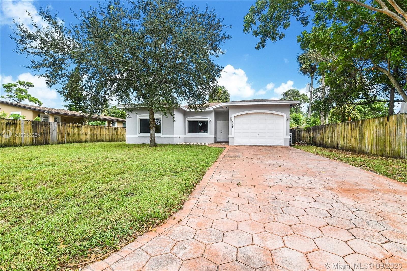 2008 4 bedroom and 2.5 bathroom Single Family Home.  Home sits on a large lot space with great layou