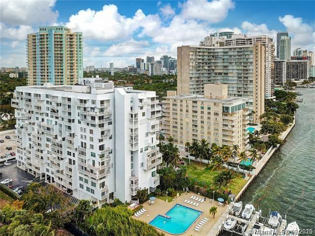 1 br and 1.5 bath waterfront condo with Marina and south views located on waterfront cul-de-sac walk