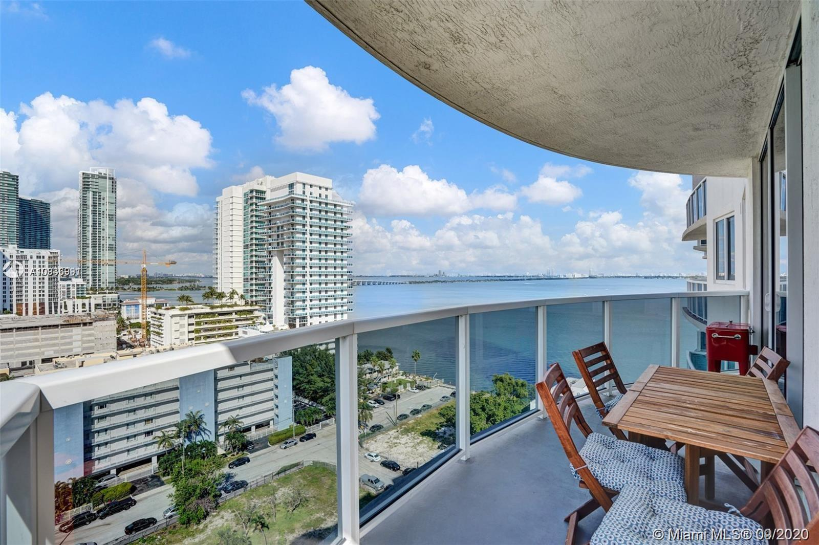 BEAUTIFUL 3 BED/2 BATH WITH SPECTACULAR VIEWS OF THE BAY, SOUTH BEACH, DOWNTOWN AND SKYLINE VIEWS. M