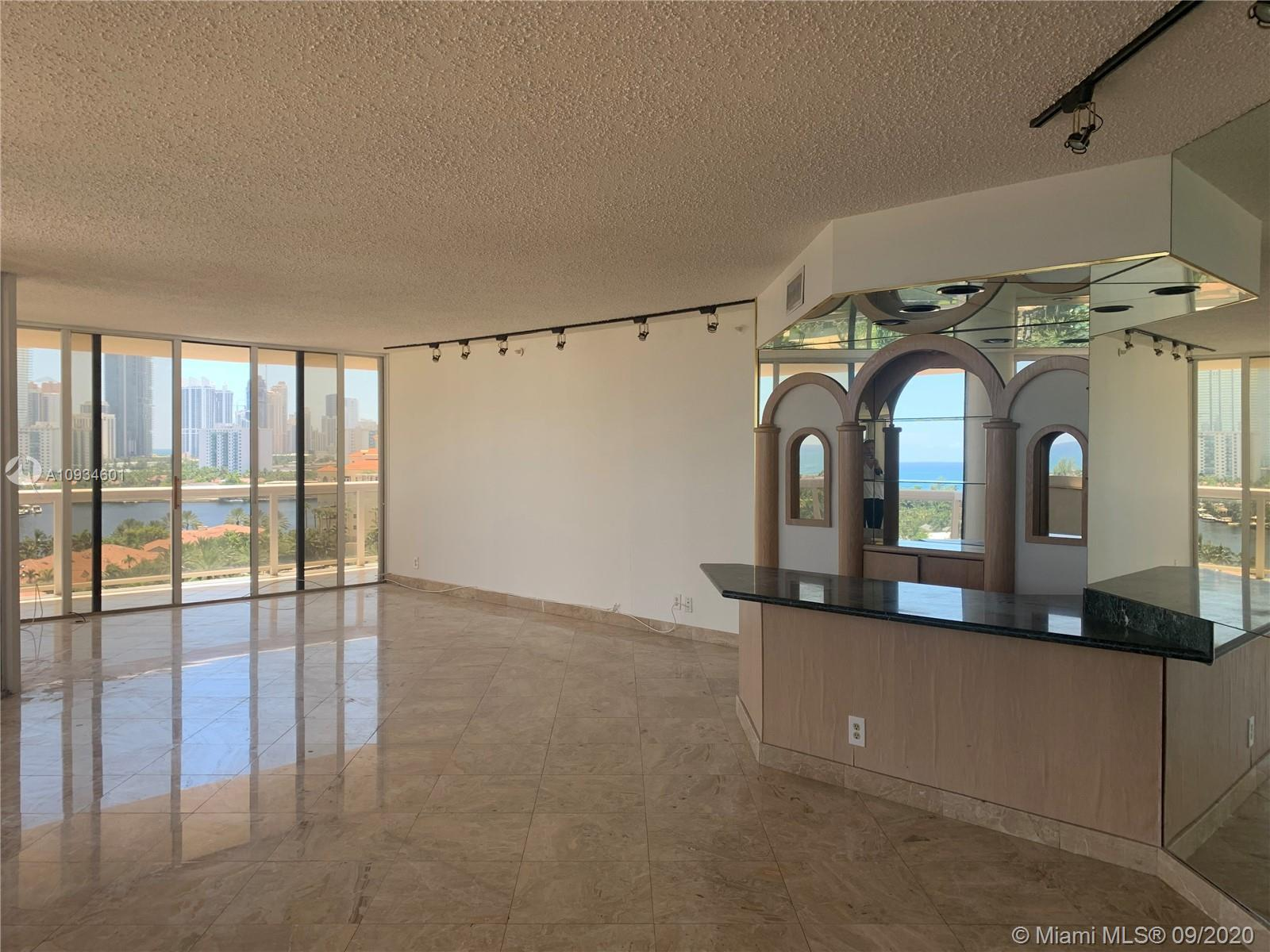 Enjoy this Breathtaking oceanfront luxury condo with spectacular views of the waterways. The 2 wrapa