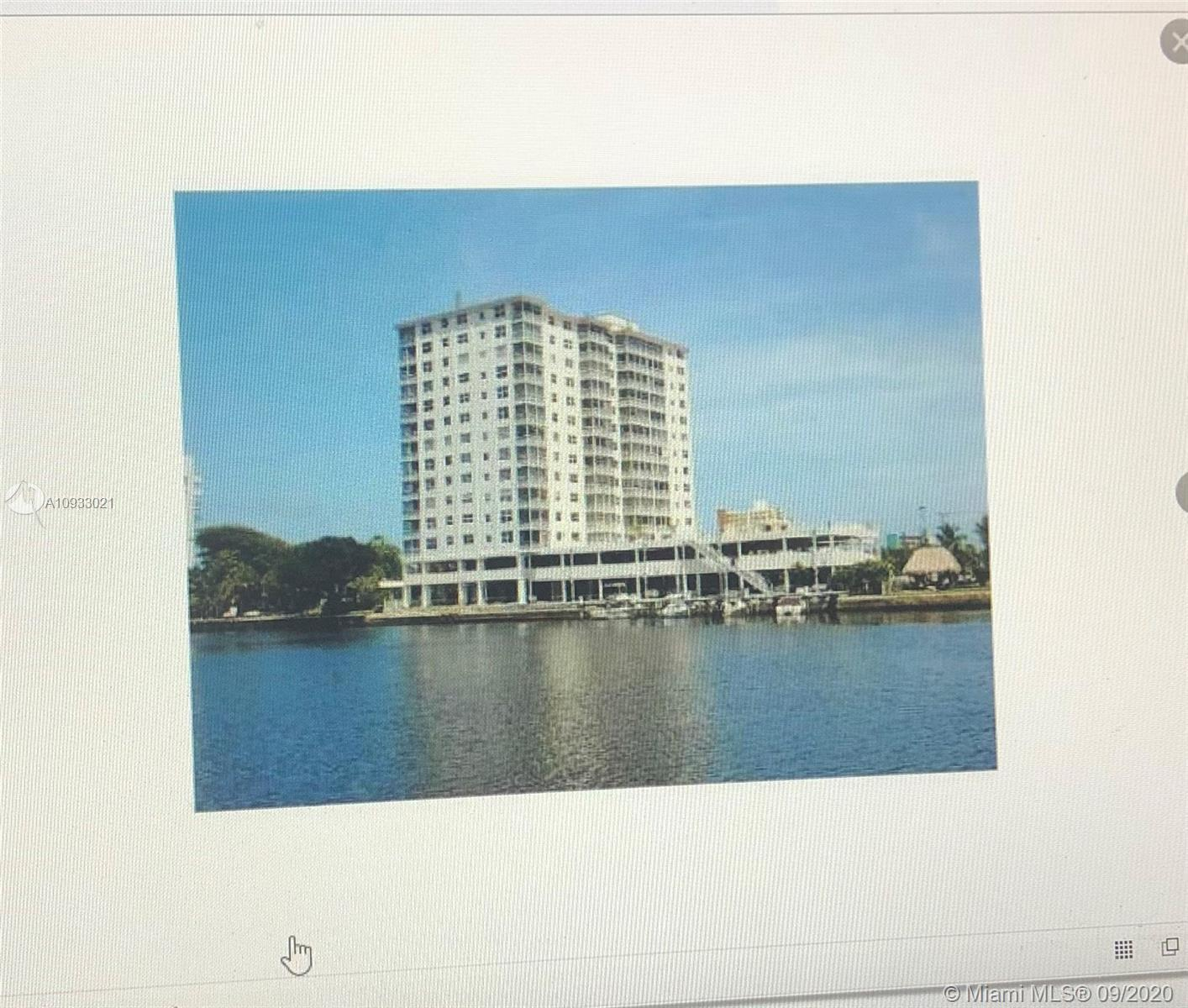 EXTENSIVE RENOVATION IN WHOLE APARTMENT,PRIME INTRACOSTAL WATER  VIEW FROM THE LIVING ROOM AND BALCO