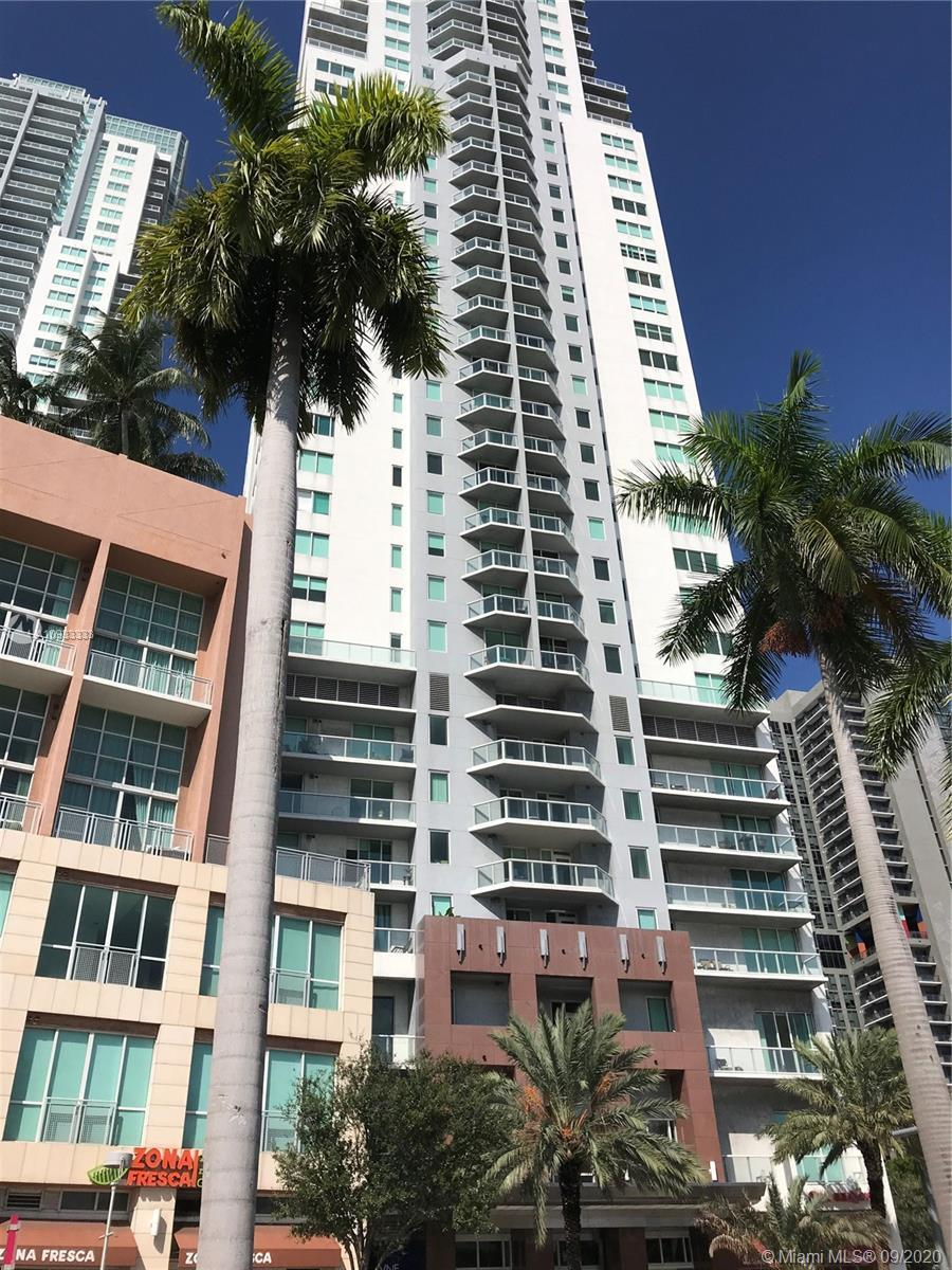BEAUTIFUL 1 BDR 1 BATH UNIT WITH BREATHTAKING BAY VIEWS CENTRALLY LOCATED IN DOWNTOWN MIAMI ACROSS T