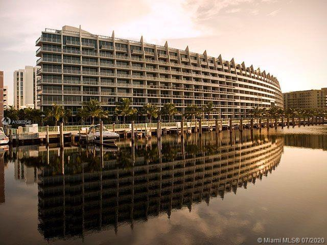 Beautiful condo at Artech in Aventura.  Building has marina.  Unit comes with 2 parking spaces.  Mak