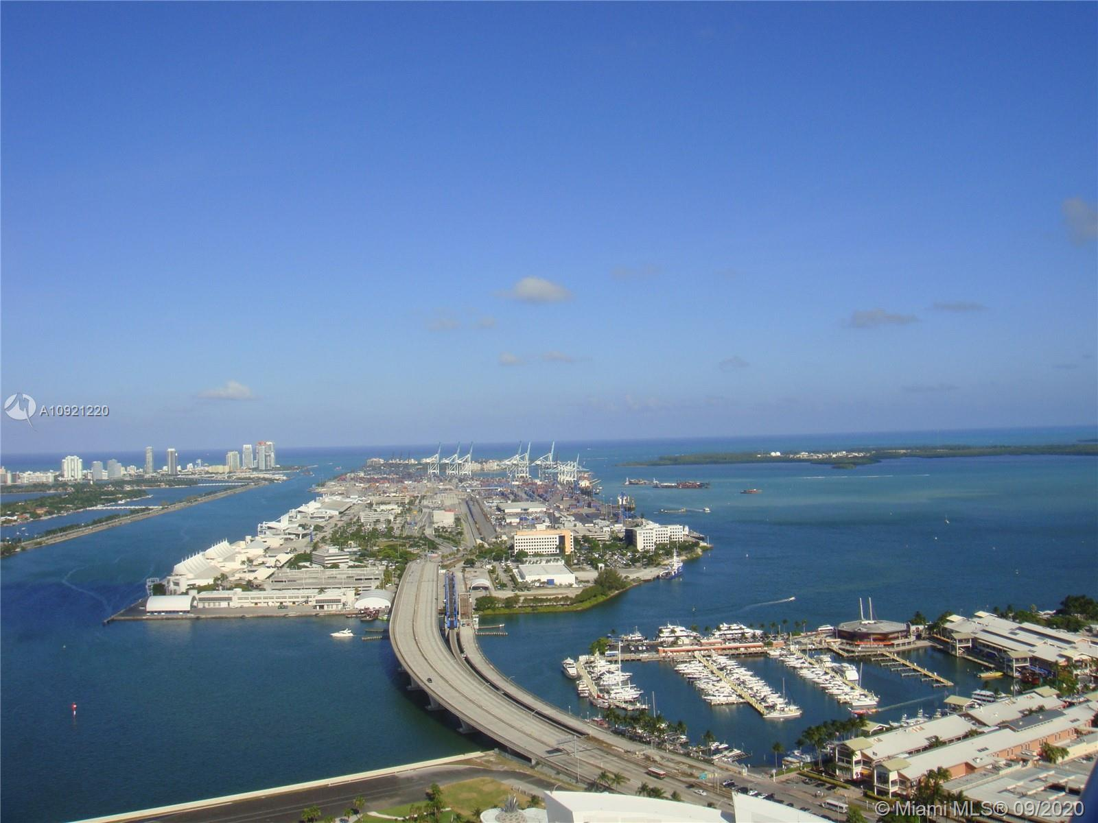 Gorgeous 2 Bedroom / 2 Bathroom Condo in the Heart of Miami! Unit Offers Amazing Views of Miami on B