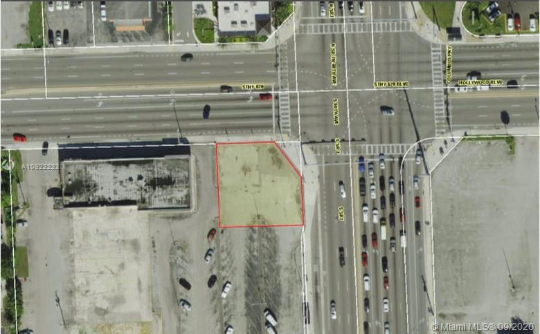 The subject offering includes one parcel of land totaling 9,361 square feet or 0.21 acres. Property