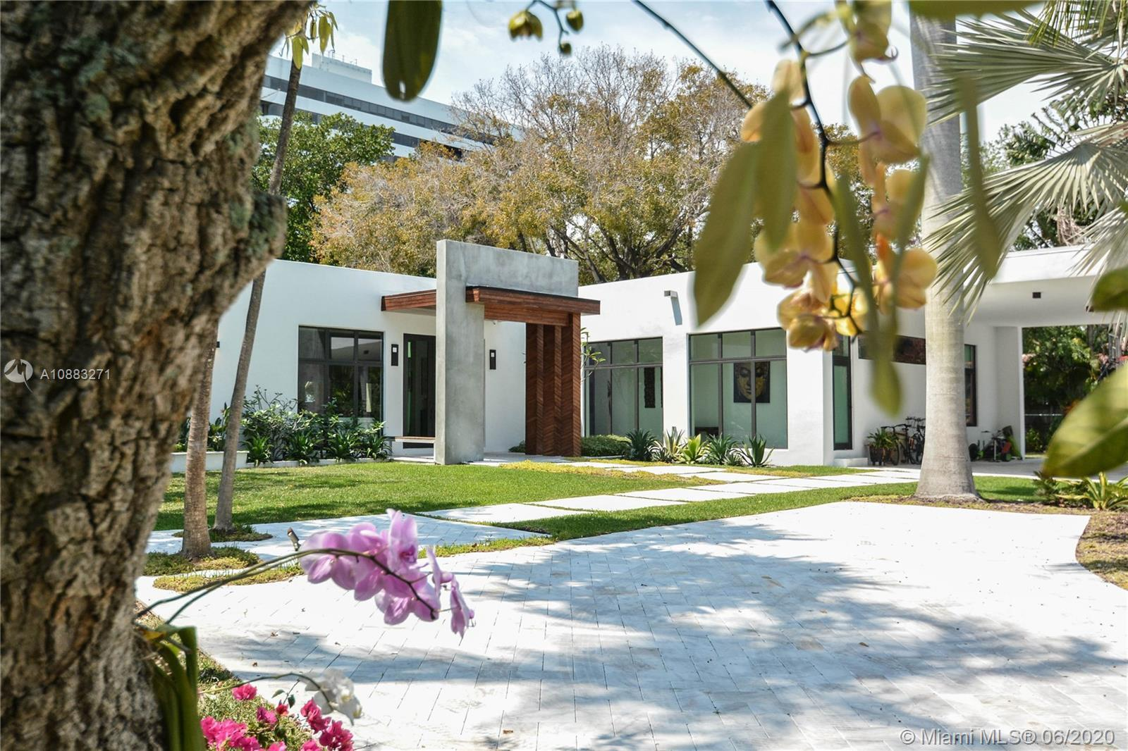 This modern gorgeous house is in the exclusive private community of Bay Point where you will have se