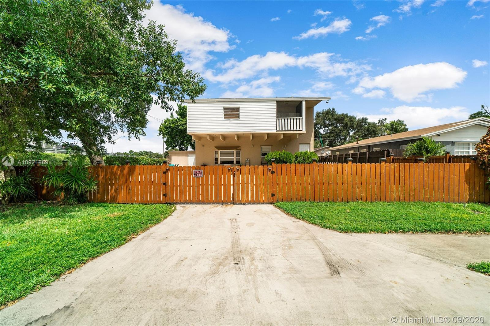 Sellers are Motivated!!! One of the nicest homes available in the area. Minutes away from Hard Rock,