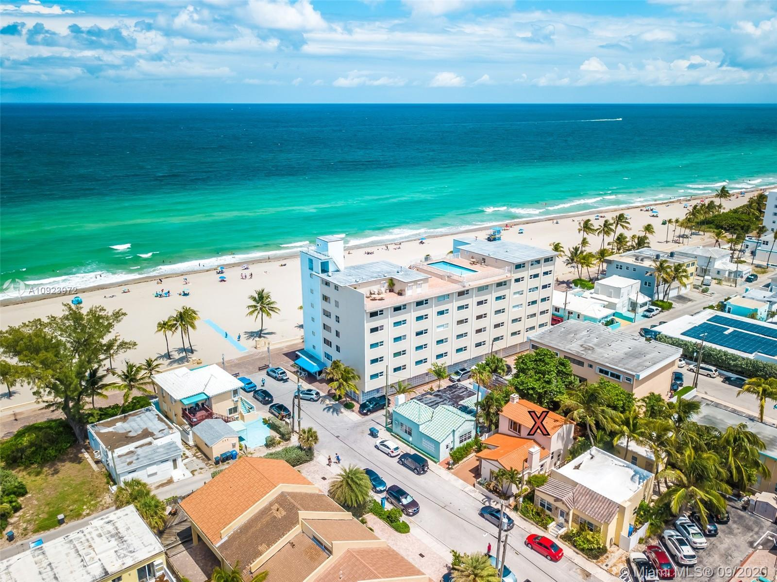 COMPLETELY REMODELED ARTIST'S BEACH HOME. 2 BEDROOMS AND 2 BATHS WITH A STUDIO THAT HAS A PRIVATE EN