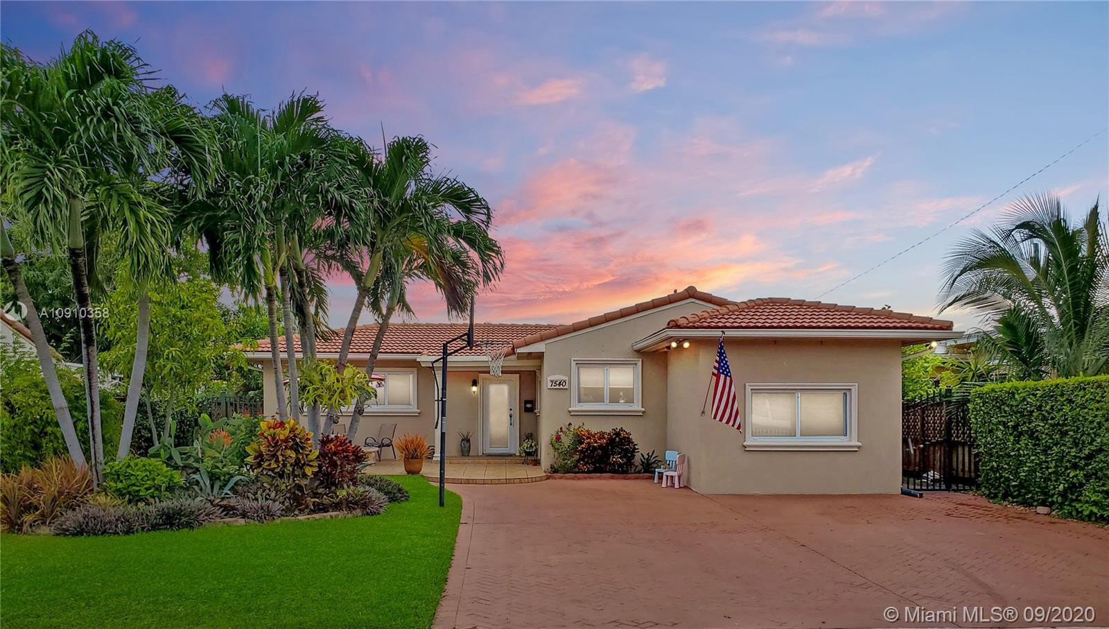 Beautifully updated home in North Bay Village in the Treasure Island section. Features, 3bd/2ba, tru