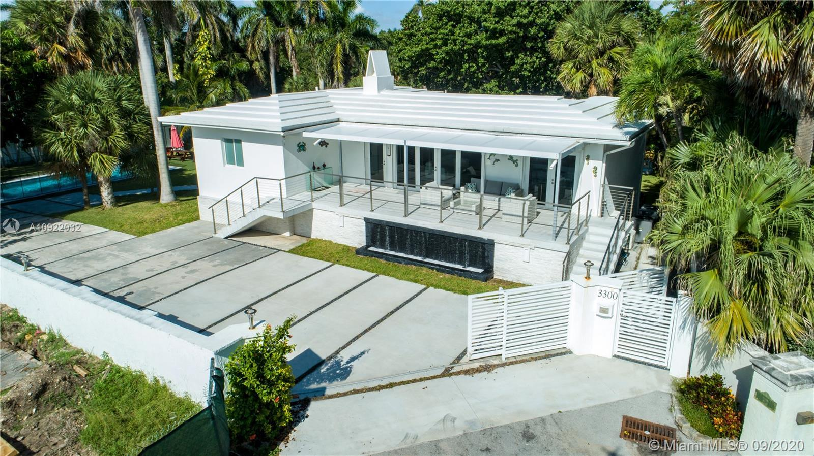 Architects, Investors and Agents! Beach House On A Double 200 Steps From The Ocean! Rare Birch Park
