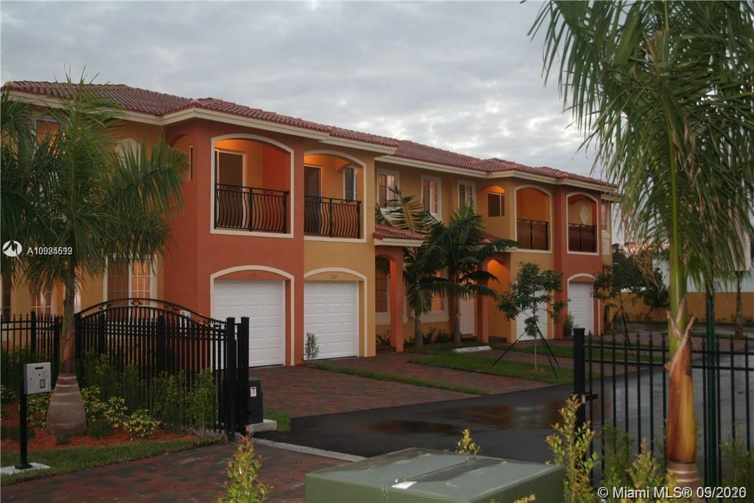 Highly desired area, close to beaches, shops, casinos and major highways.  Selling agent BONUS $1200