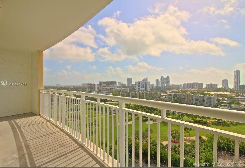 Now available this beautiful 2 /2 condo with amazing views in the luxurious Duo complex. Walk into t
