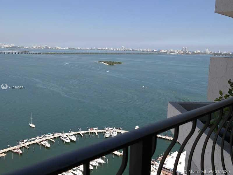 Incredible views of South Beach and Intercoastal, beautiful building, great location, great amenitie