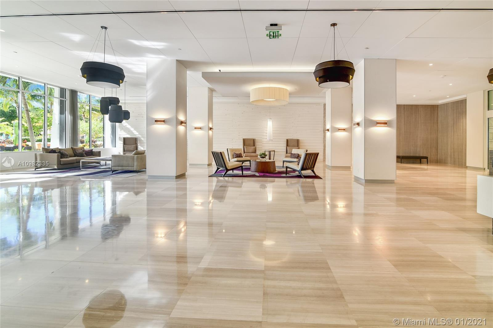 Enjoy living in front of the ocean in Collins Ave. Beautiful 2 bed/ 2 bath apartment located in the