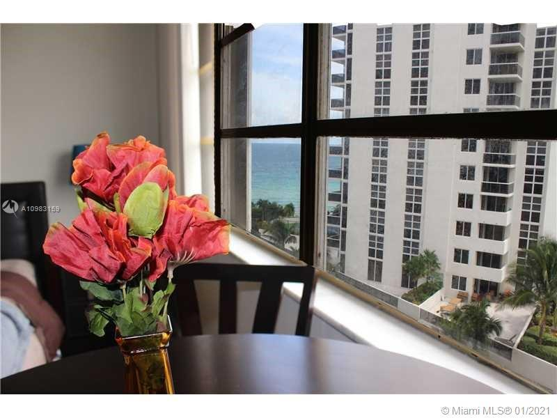 Condo/Hotel with full service resort style amenities in Sunny Isles Beach.  Fully furnished studio w