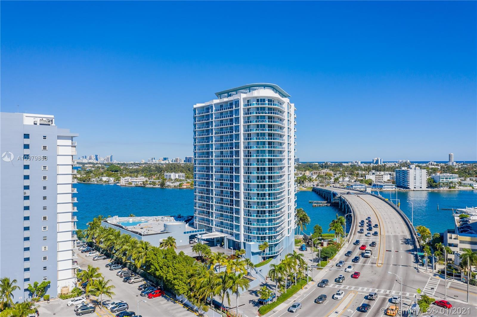 Stunning 2 beds 2 Baths unit in the Bridgewater condo in the eastern tip of North Bay Village. This
