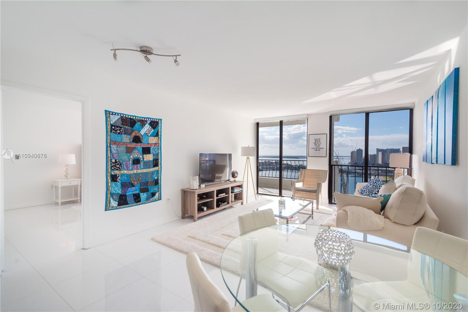 Breathtaking unobstructed bay view nicely decorated PH. Spacious Floor Plan. Completely renovated. H