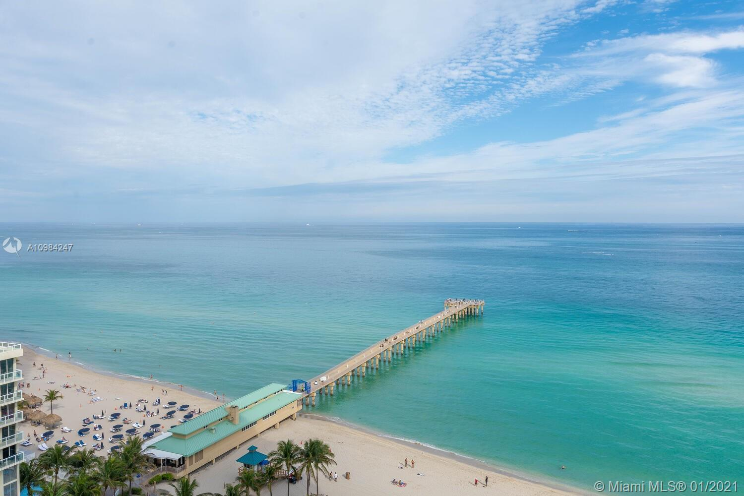 Beautiful 2 Beds/2 Baths + Den Condo ON THE BEACH with Amazing OCEAN and INTRACOASTAL VIEWS. Two spl