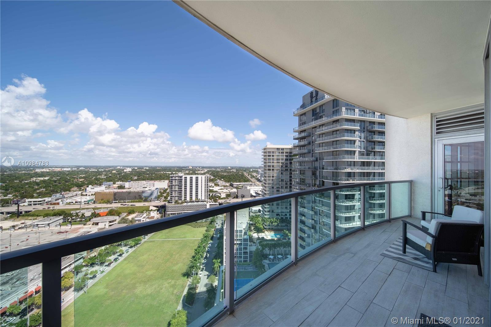 Beautiful City Views Modern minimalistic building beautiful Condo. Floor to Ceiling windows with Bla
