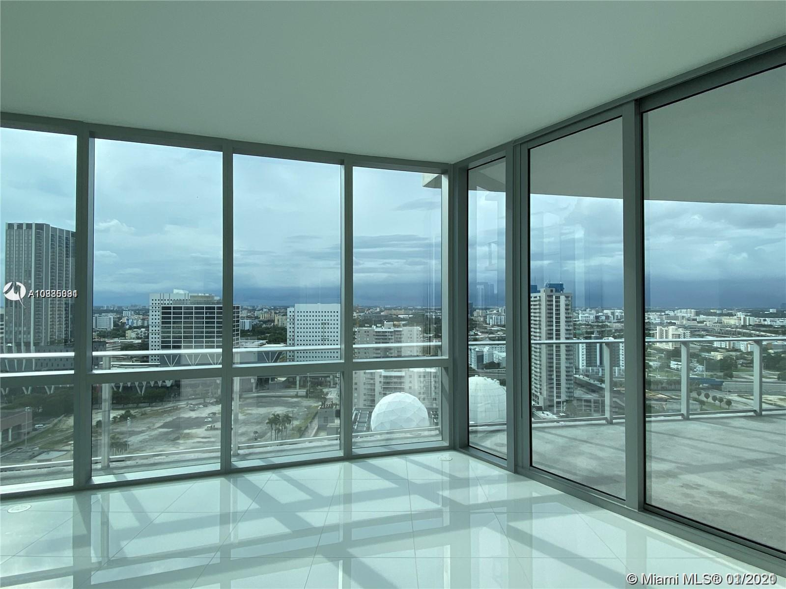 BEST DEAL IN THE BUILDING!!!1 Bedroom plus Den, and 2 full bathrooms.  Great sunset views Rented f