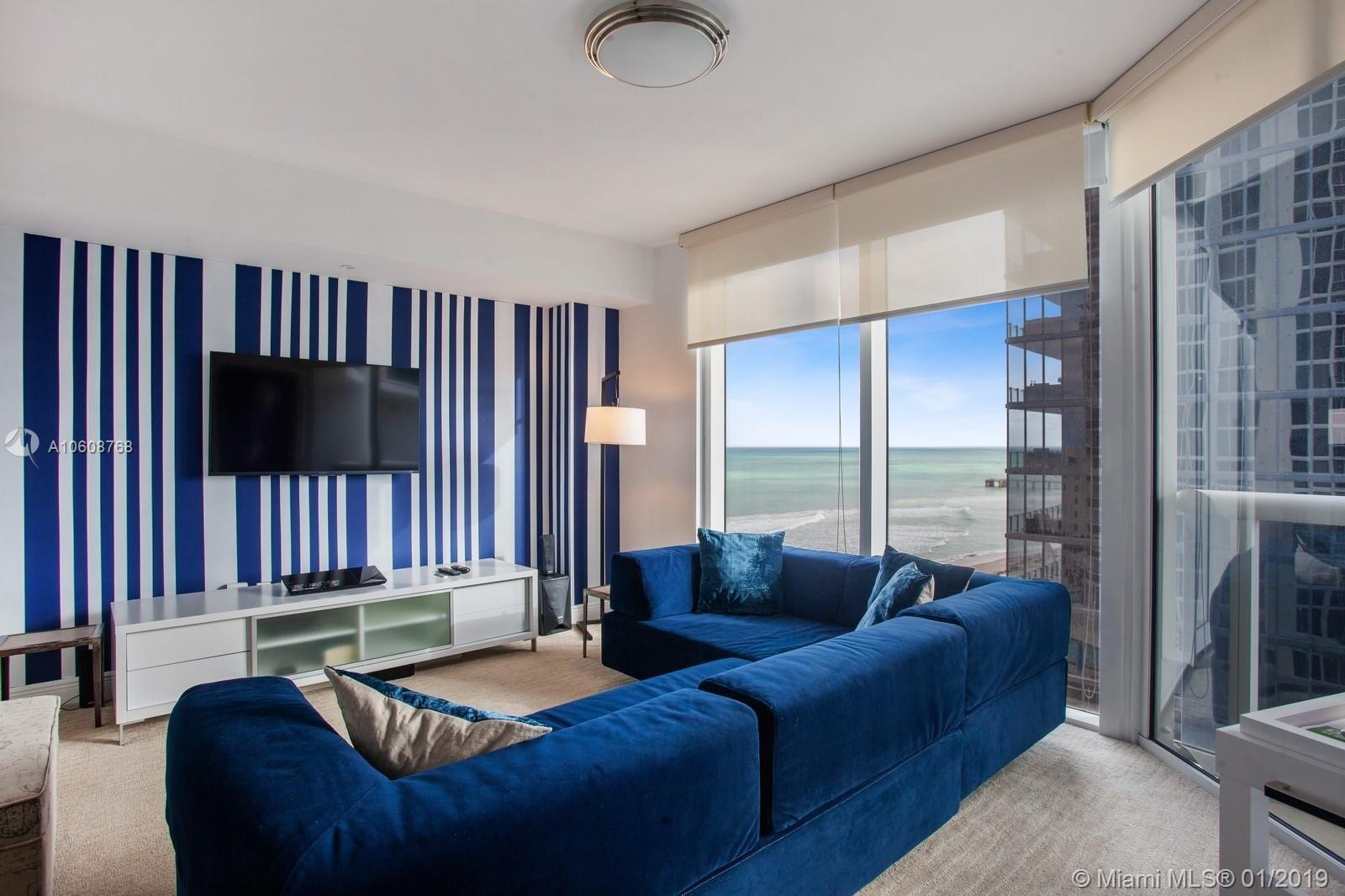 Direct ocean view. 2 beds 2 baths + Den (closed den as a third bedroom), split floor plan. 1644 SqFt