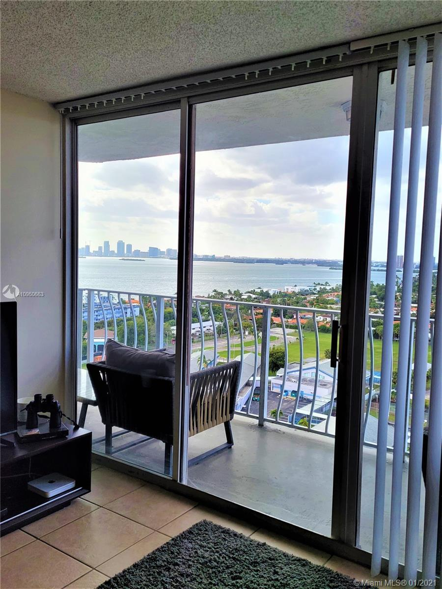 Beautiful 1 bedroom/1 bathroom apartment in North Bay Village. Fantastic view of Biscayne Bay, Downt
