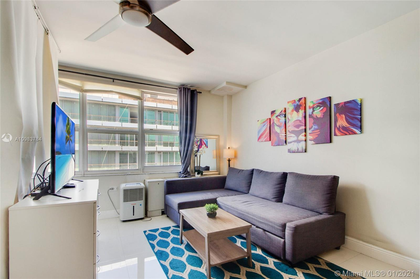 For sale Penthouse Studio Apartment in South Beach, Miami. Waking up to a view of the bay looking o
