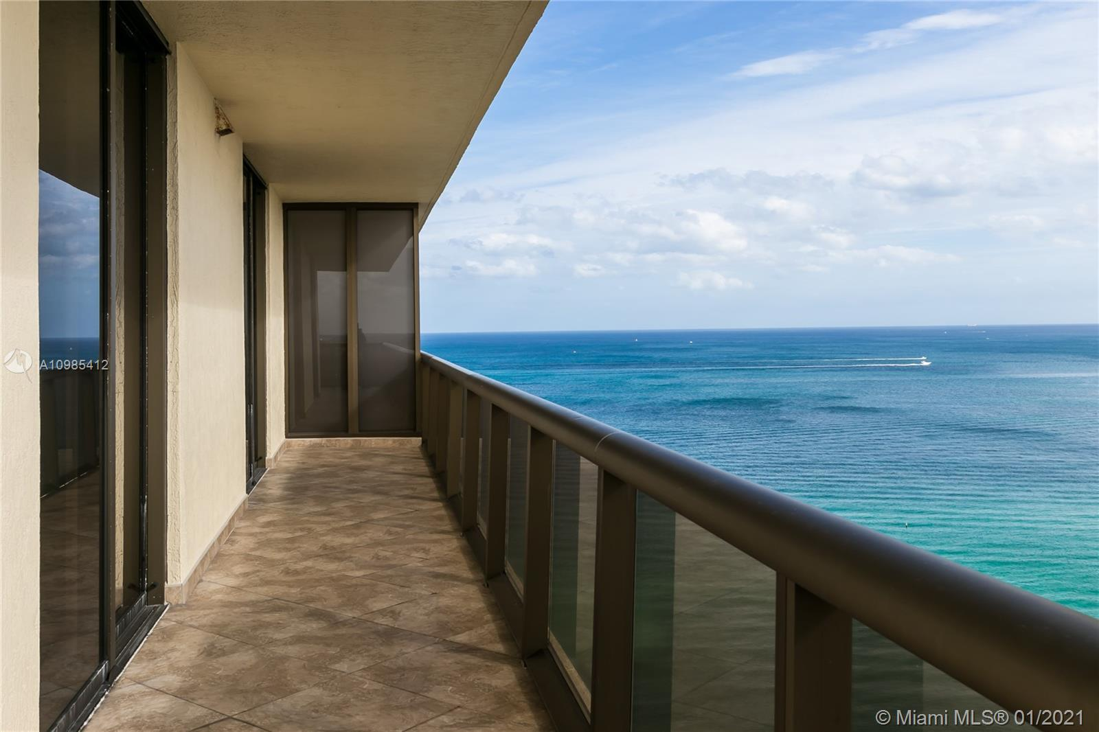 Enjoy oceanfront living! Boutique building located on the ocean along Collins Avenue. Full service &