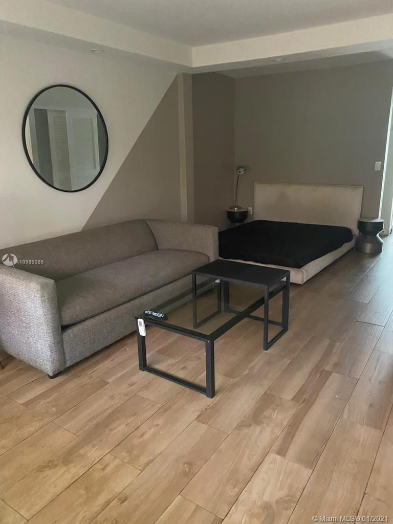 Centrally located in the heart of South Beach. This first floor cozy fully furnished studio with Eur