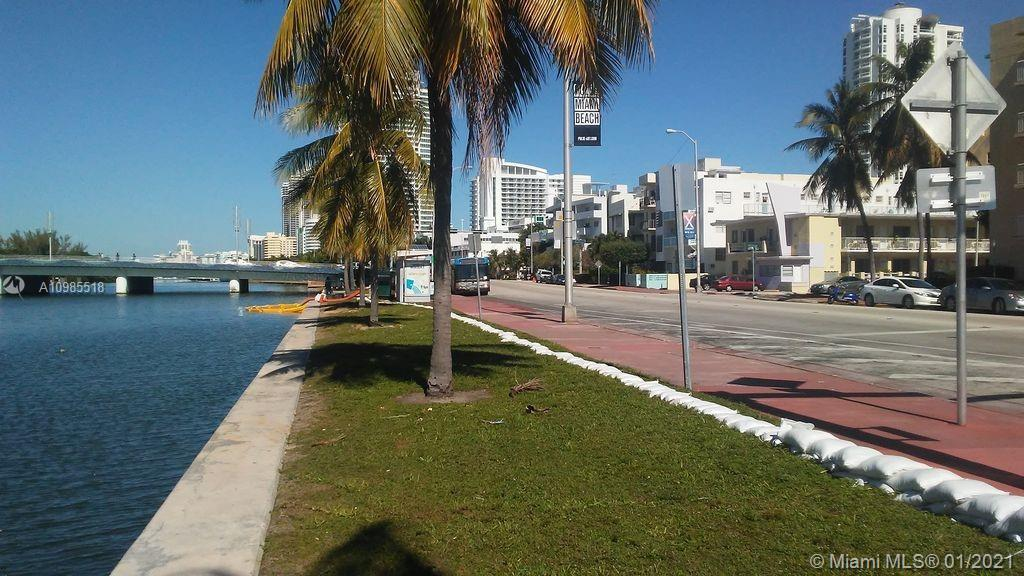 Very bright 1 bedroom unit for sale with one parking space available. Located in the heart of Miami