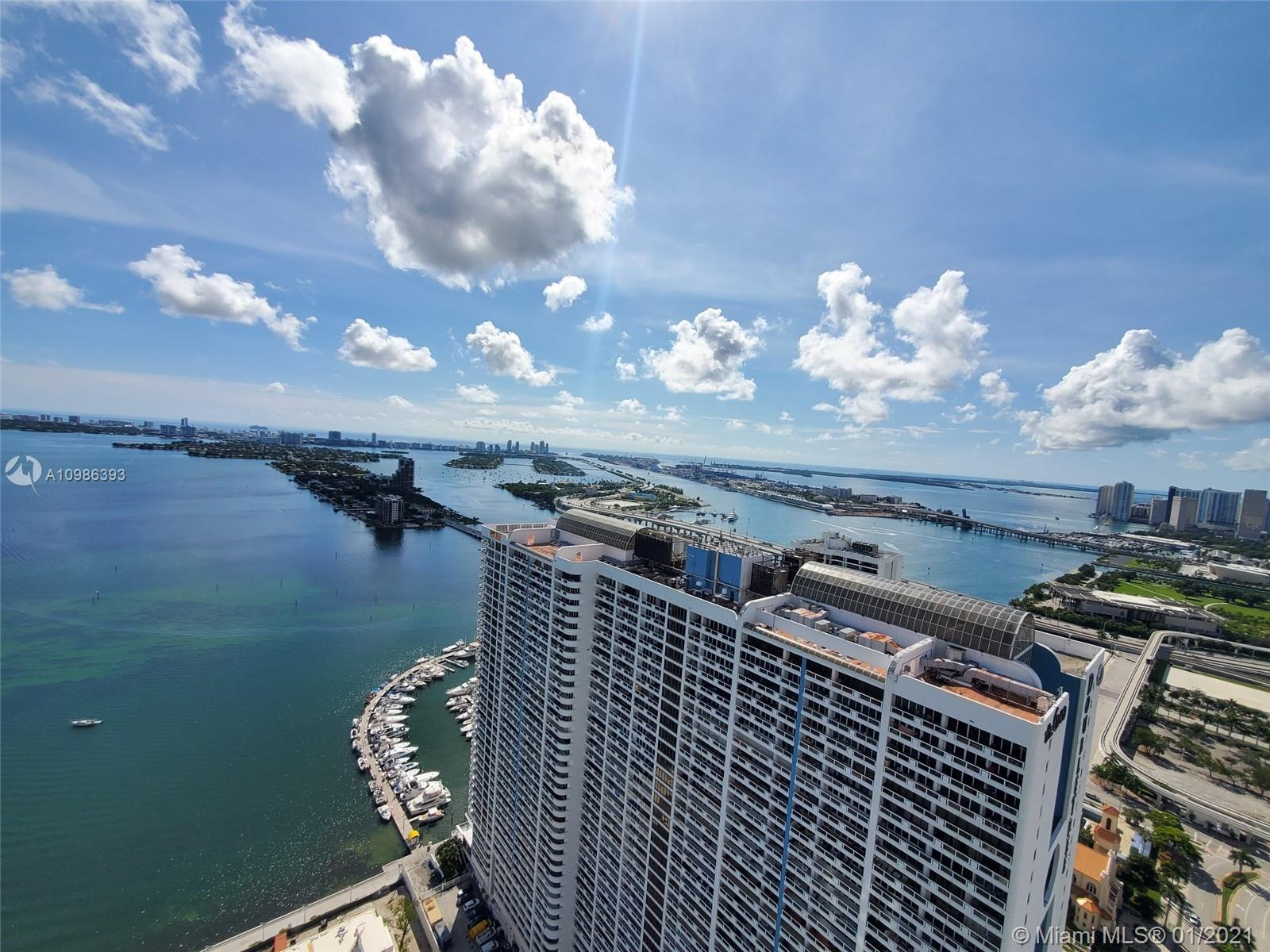 Opera Tower very spacious 1 bedroom 1 bathroom with washer and dryer inside unit. Floor to ceiling w