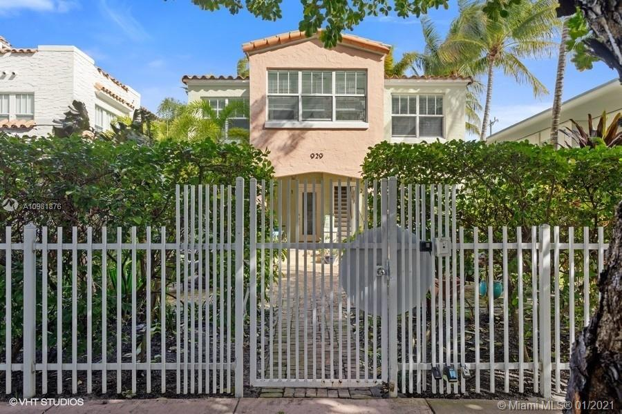 Gorgeous completely updated in 2005 1 bedroom 1 bath on Miami Beach. Walking distance to the Ocean (