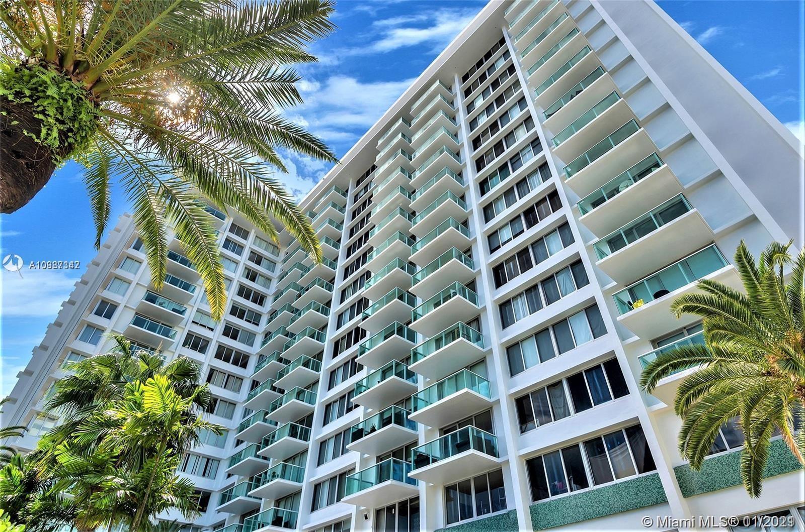 AMAZING DEAL! X-LARGE Open Studio on Miami Beach.  Create 4 separate living areas. Maintenance Inclu