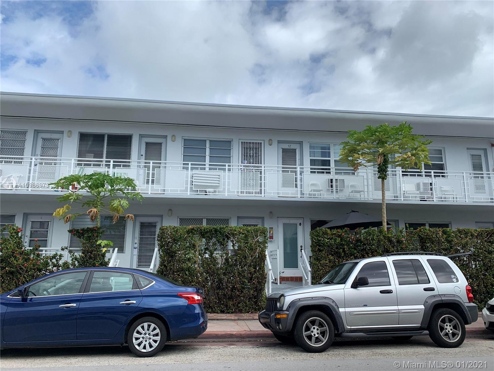 Great for Investors!! Bright and tons of light and located in the heart of South Beach! Walking dist