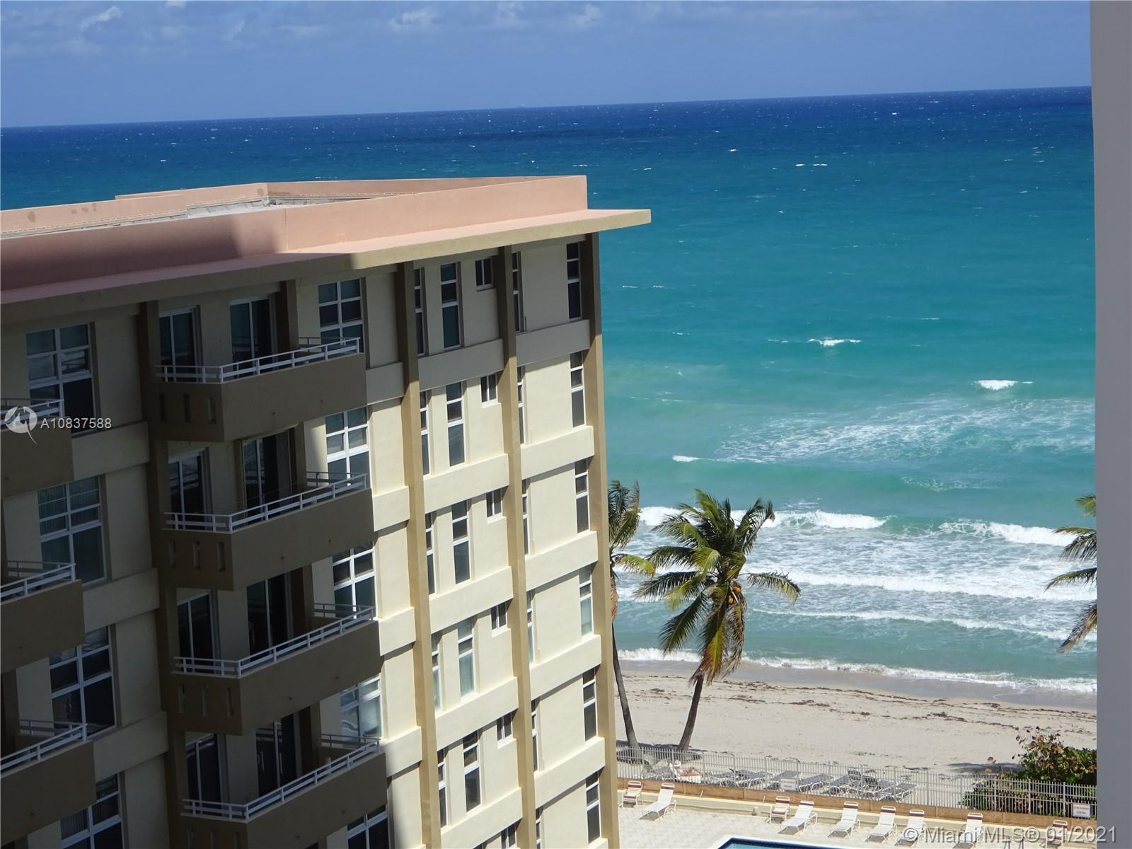 Great one bedroom/one bathroom unit on the ocean. remodeled a few years ago, but in perfect conditio