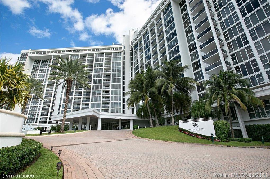 Great VIEWS at Harbour House Bal Harbour. Enjoy the luxury of living within walking distance to the