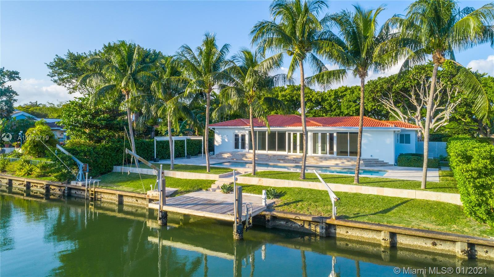 Stunning 3-bed/3-bath home available in Bay Point, an exclusive, gated community in the heart of Mia