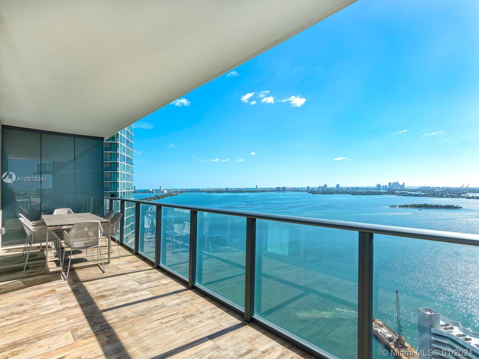 Amazing 4 Bed 4 ½ Bath unit with direct and unobstructed water views. 9' foot ceilings, fully finish