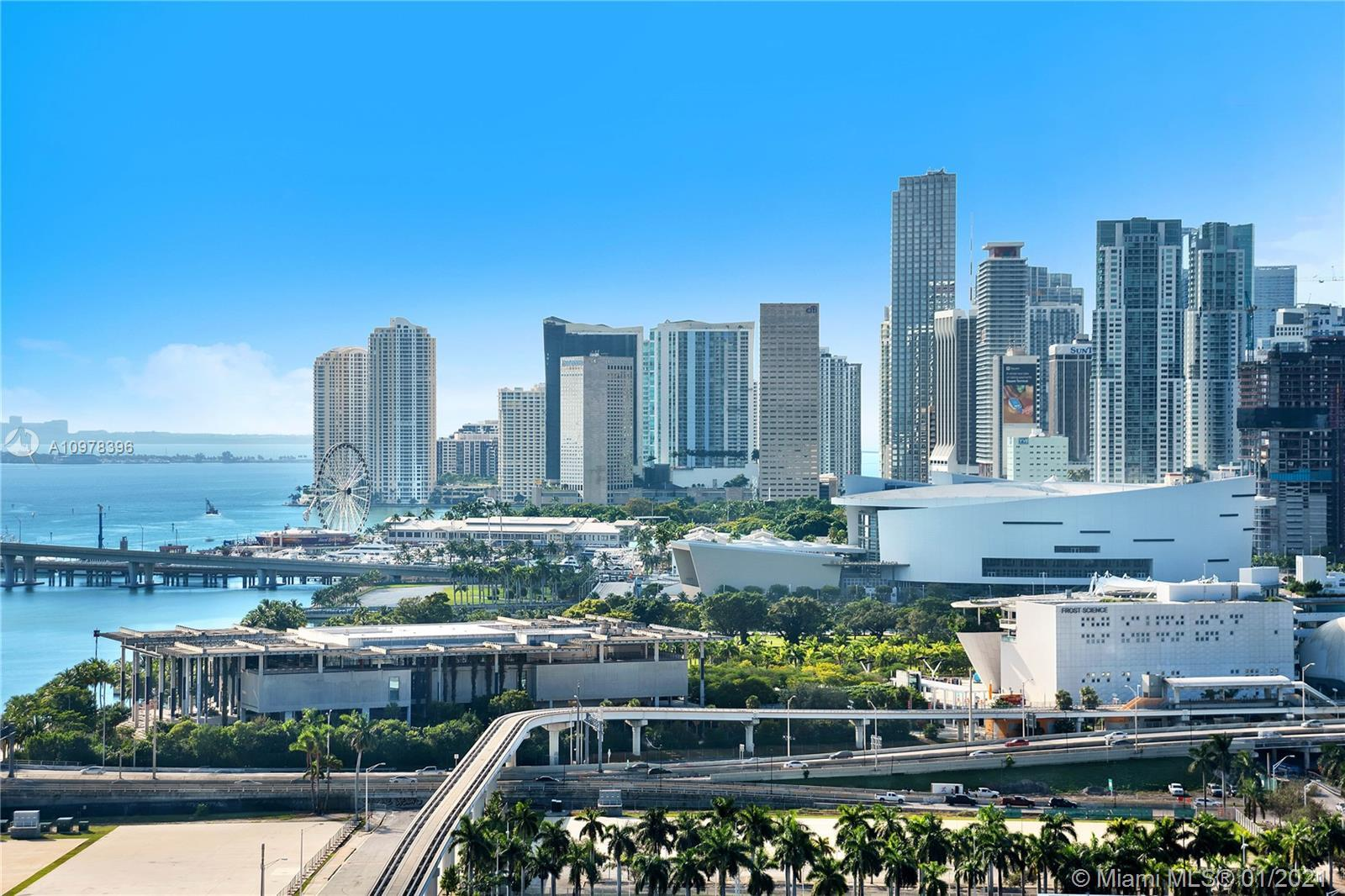Beautiful 1 Bed/1Bath unit in Opera Tower overlooking Downtown and Biscayne Bay, located across the