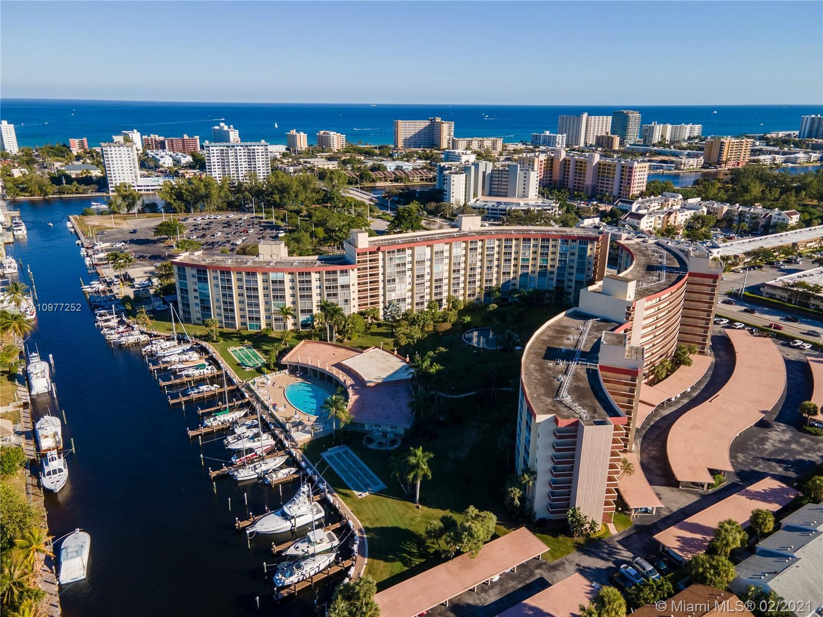 Exquisitely remodeled unit (with permits) a mere 5 minute walk to the beach. Although this is techni