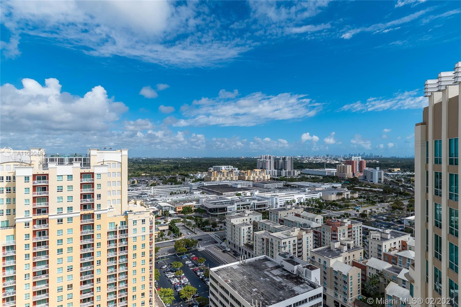 THIS SPECTACULAR CORNER PENTHOUSE ON THE 26TH FL. IS LOCATED IN METROPOLIS II IN THE REOWNED DADELAN