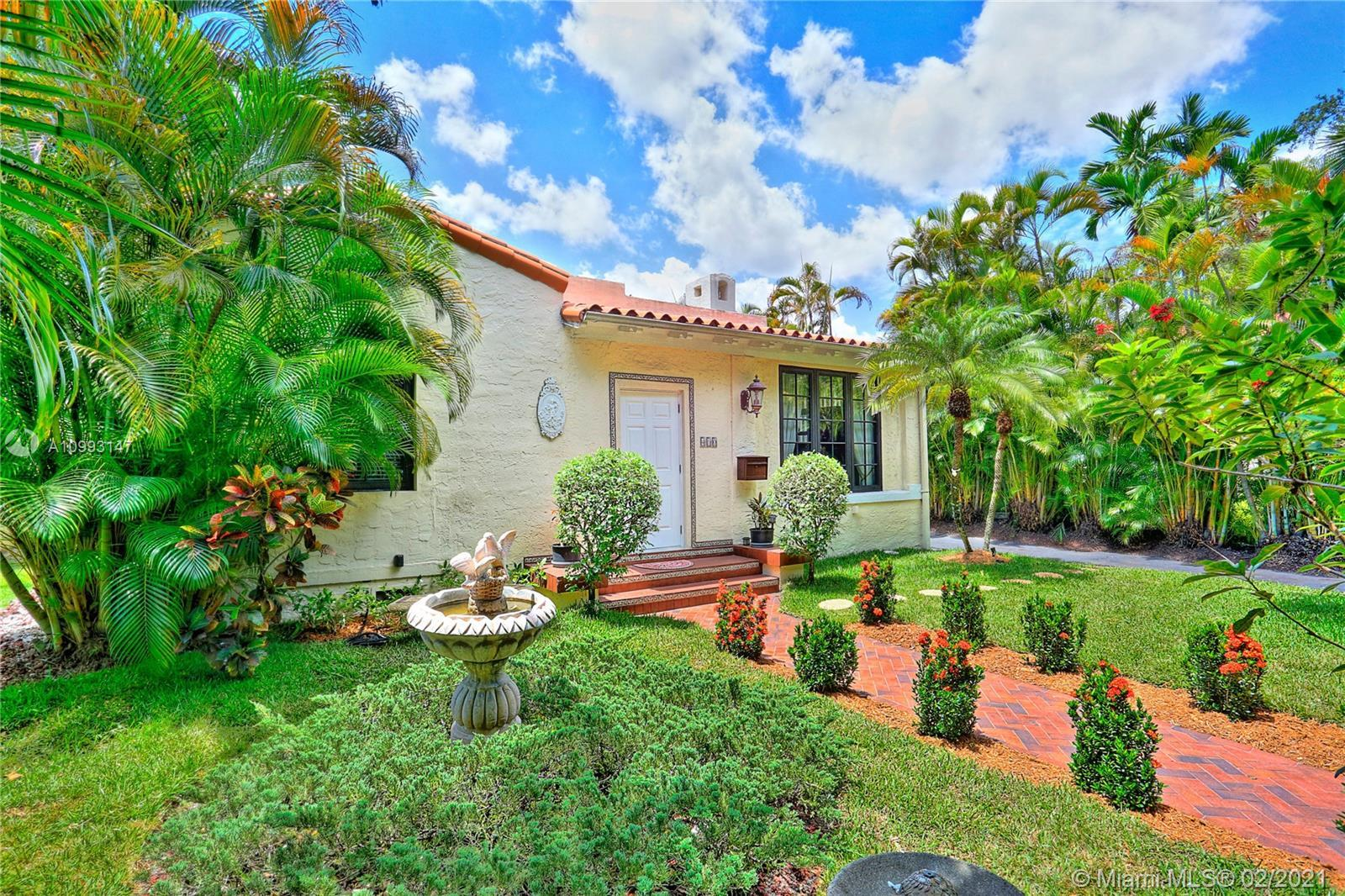 Absolutely lovely Frank Wyatt Woods home centrally located in Coral Gables, within minutes from Mira