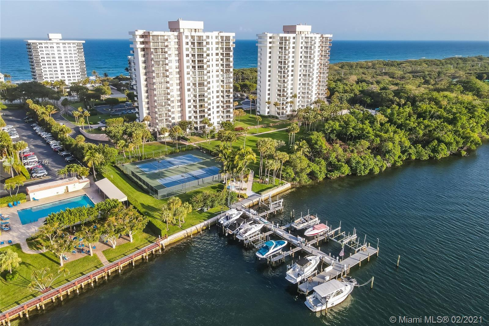 Extraordinary condo  luxurious breathtaking corner unit at La Fontana in Boca Raton