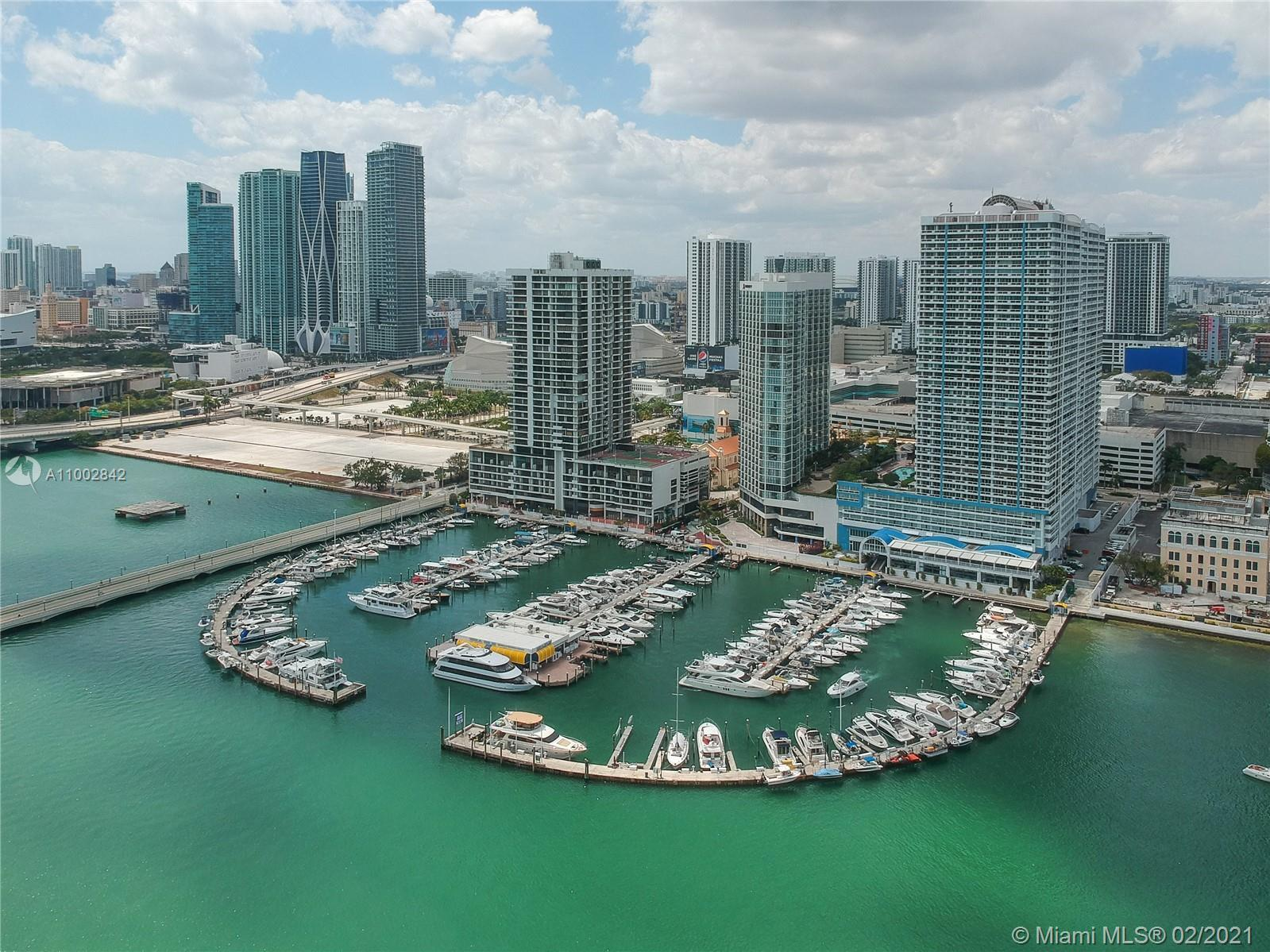 SPECTACULAR WATERFRONT LUXURY CONDO overlooking Biscayne Bay w/spacious Balcony, 3/3  2 Masters+DEN