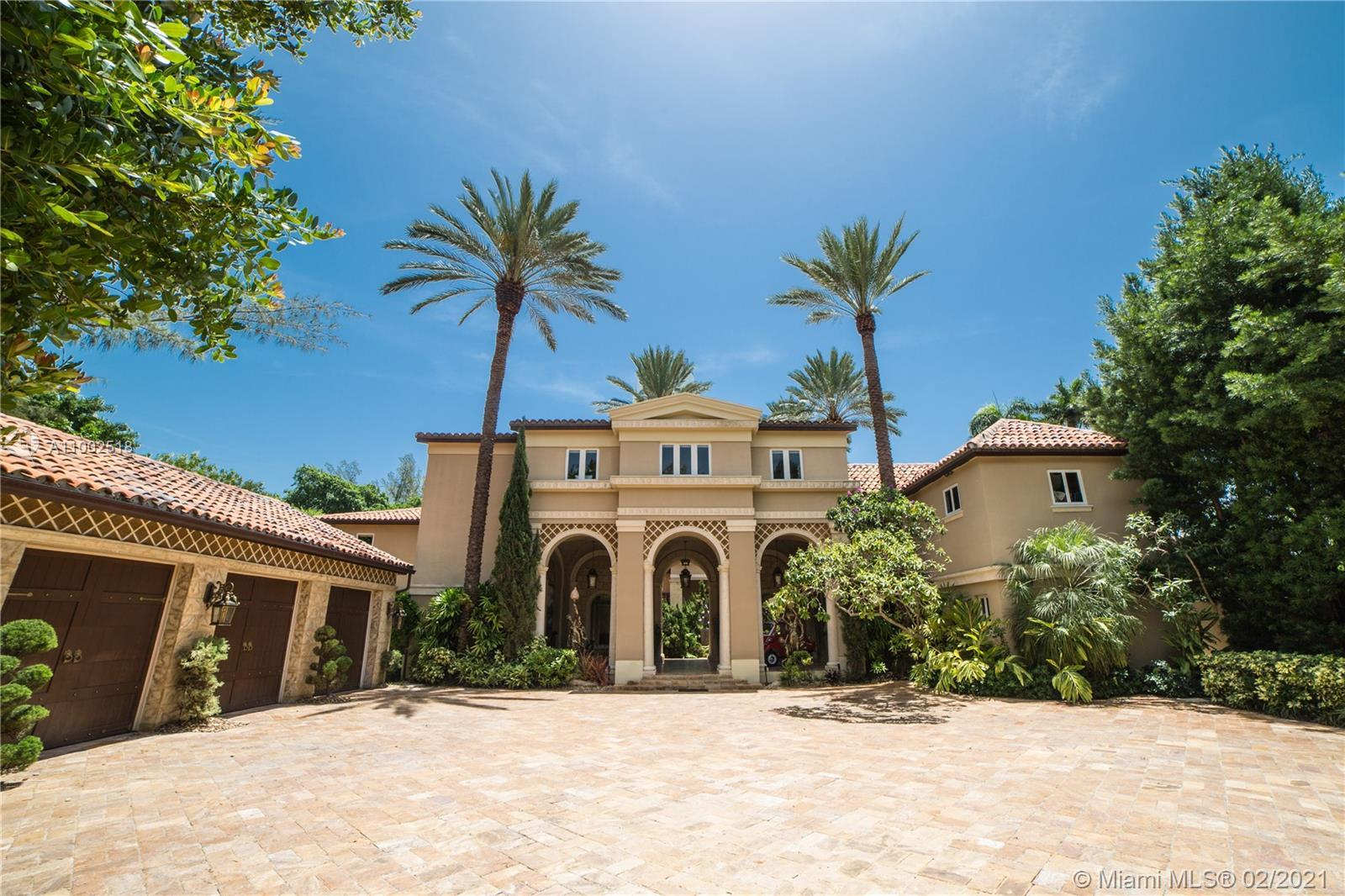 One of a kind estate on a 39,000 sq ft lot. Beautiful open courtyard. A recently renovated grand est