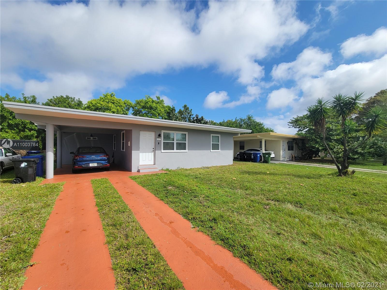 Upgraded 2 bedroom home centrally located near major highways, beaches and Downtown Ft. Lauderdale!
